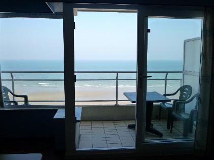 Middelkerke vakantieappartement met terras en zeezicht te huur - Te huur studio m ...