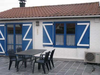 Middelkerke hell goed huis met zwembad middelkerke for Huis met tuin te huur rotterdam