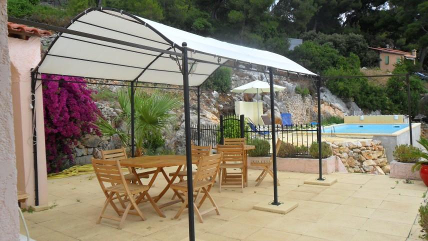 Sanary sur mer ollioules villa met prive zwembad for Vakantiehuisjes met prive zwembad