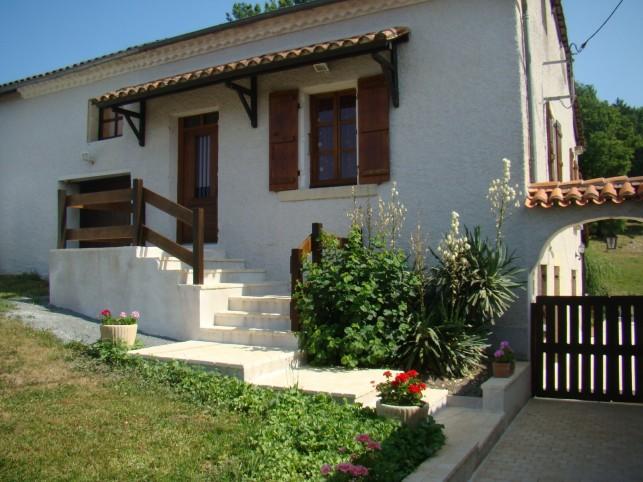 Agonac huis met zwembad in p rigord - Zwembad huis ...