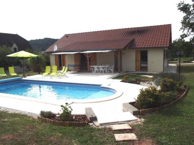 Zwembad In Huis : Le pescher huis 8 pers. met privé zwembad